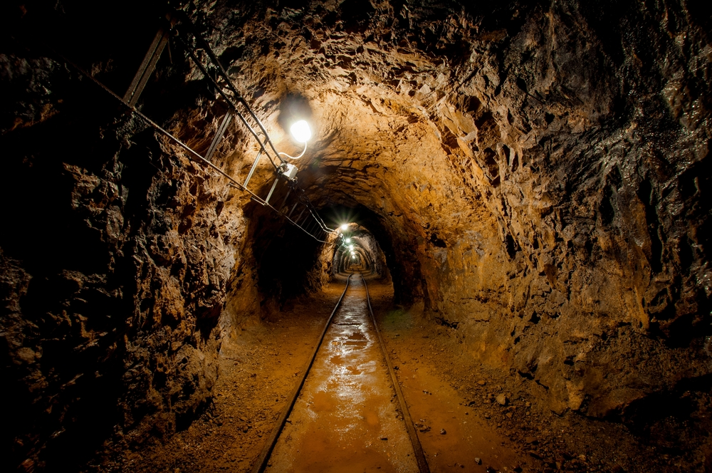 7 Reasons Mines Need an EAM CMMS System
